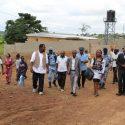 Öffentliche Einweihung mit politischen Teilnehmern der Stadt